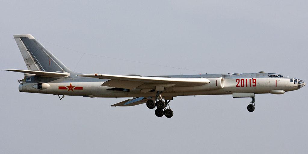 H-6爆撃機(轟炸6/B-6/Tu-16) -...