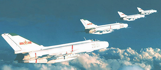 F 8 (戦闘機)の画像 p1_8