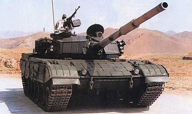 タイヤの大きい戦車